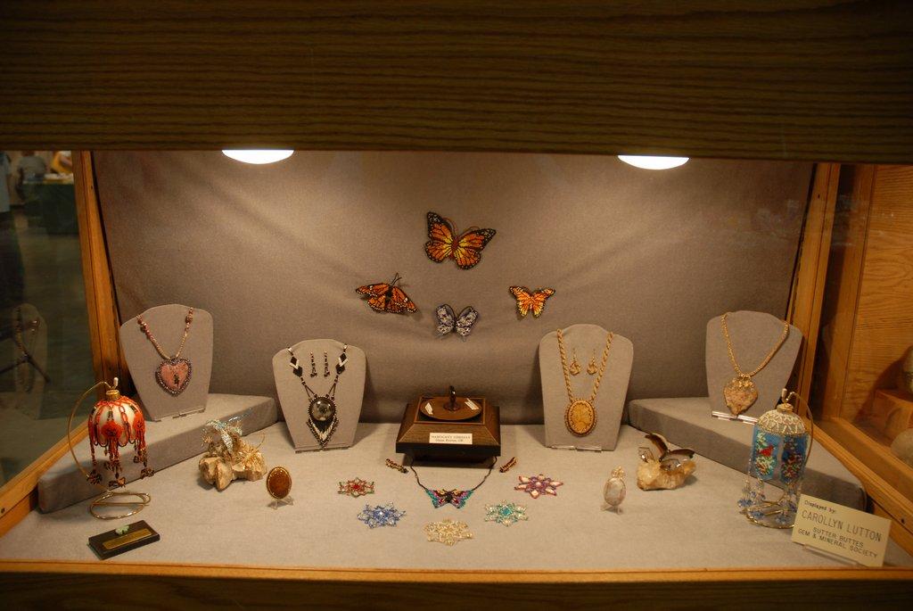 exhibits_2011u