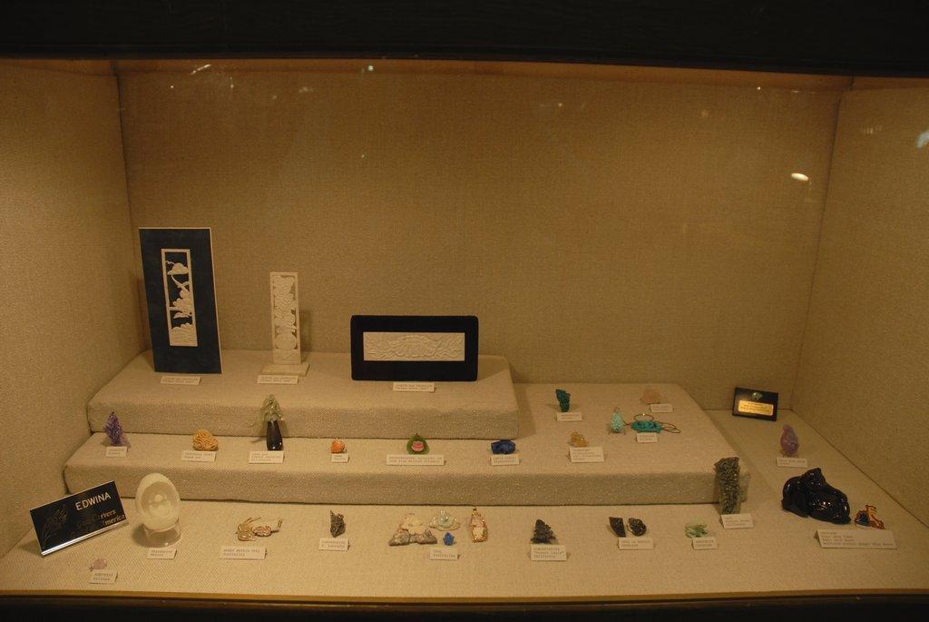 exhibits_2011w